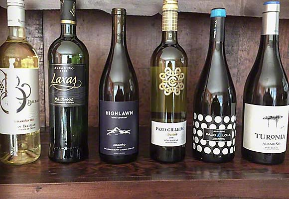 We blind tasted six Albariño wines